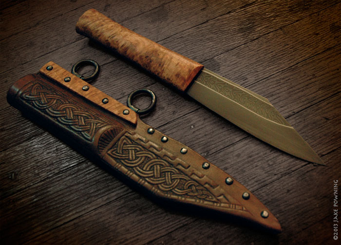 The finished seax and sheath.
